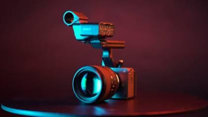Sony FX3 mit Griff, Audioadapter und Linse